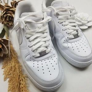 Men's Retro Nike Air Force 1 White on White 8m
